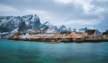 Simon Migaj, The picturesque village of Sakrisøy (Norwegen, Europa)