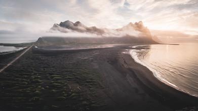 Roman Huber, Sonnenaufgang bei Stokksnes (Island, Europa)