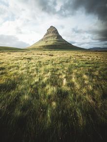 Roman Huber, Kirkjufell im Sommer (Island, Europa)