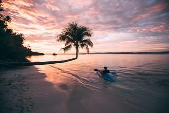 Sebastian 'zeppaio' Scheichl, Sunset paddle into paradise (Indonesia, Asia)