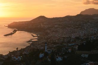Jean Claude Castor, Madeira Funchal bei Sonnenuntergang (Portugal, Europa)