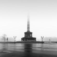 Ronny Behnert, Siegessäule im Nebel - Berlin (Deutschland, Europa)
