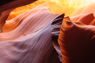 Peter Wey, Sept Glowing sandstone in Lower Antelope Slot Canyon (American Samoa, Oceania)