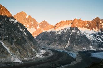 Peter Wey, Finsteraarhorn mountain peak with Finsteraar glacier and Unteraar glacier at sunrise (Switzerland, Europe)