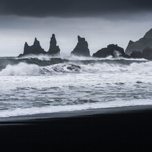 Anke Butawitsch, waves (Iceland, Europe)