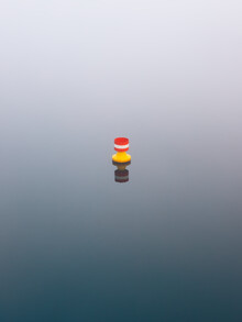 blue meets red and yellow - fotokunst von Holger Nimtz