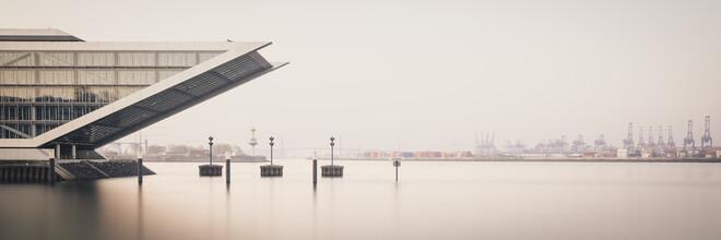 Dennis Wehrmann, Sunrise Dockland Hamburg harbour (Germany, Europe)