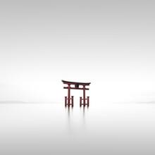 Torii Shirahige | Japan - fotokunst von Ronny Behnert