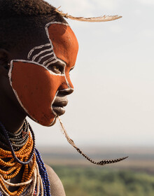 Phyllis Bauer, Young Woman from the Karo Tribe on the Omo River (Äthiopien, Afrika)