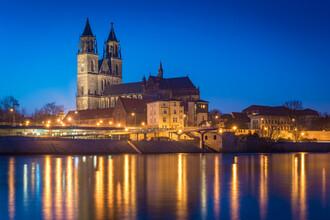 Martin Wasilewski, Blaue Stunde am Dom in Magdeburg (Deutschland, Europa)