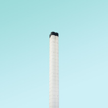 Simone Hutsch, The Chimney (United Kingdom, Europe)