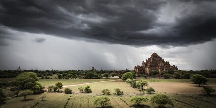 Andreas Adams, OLD KINGDOM (Myanmar, Asia)