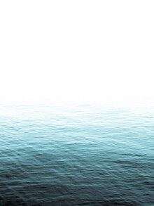 Victoria Frost, Vast Blue Ocean (Großbritannien, Europa)