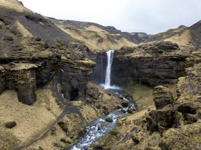 Marvin Kronsbein, Märchenhafter Wasserfall (Island, Europa)
