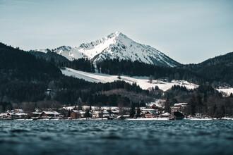 Christian Becker, Der Blick vom Ufer des Tegernsees. (Deutschland, Europa)