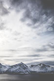 Sebastian Worm, Icy Mountains (Norwegen, Europa)