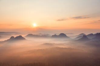 Dave Derbis, Sonnenaufgang in der Sächsischen Schweiz (Deutschland, Europa)