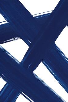 Cristina Chivu, Abstract Indigo Brushstrokes No.4 (Großbritannien, Europa)