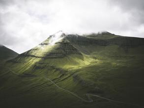 Silvan Schlegel, Bergstrasse (Färöer Inseln, Europa)
