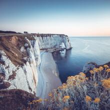 Franz Sussbauer, Summer evening at the white cliffs of Etretat (France, Europe)