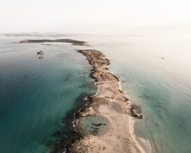 Lina Jakobi, Beach from above (Spain, Europe)