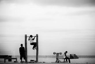 muscle beach - fotokunst von Daria Aibabina