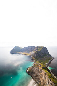 Sebastian Worm, Lofoten Cliffs (Norway, Europe)