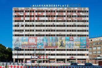 Alles Anders - fotokunst von Michael Belhadi