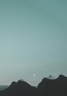 Pascal Genzel, Der Mond steigt über den Bergen auf (Norwegen, Europa)