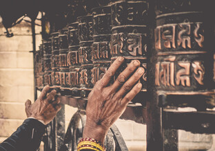 Pascal Genzel, Wise Hands rolling Prayer Rolls (Nepal, Asia)