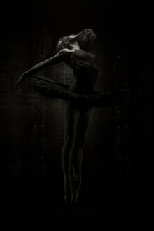 Klaus Wegele, Ballerina Jump (Ukraine, Europe)