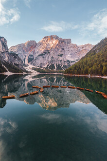 Tobias Winkelmann, Lago di braies zum Sonnenaufgang (Italien, Europa)