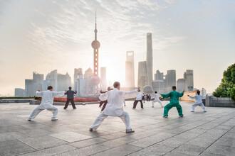 Jan Becke, Tai Chi at the Bund in Shanghai (China, Asia)