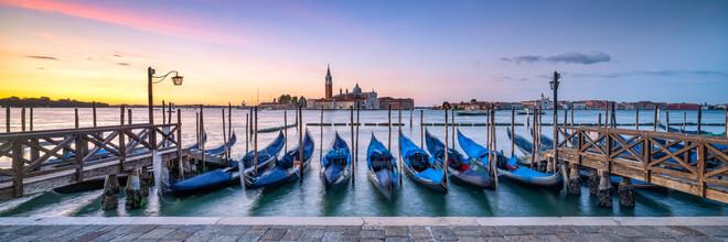 Jan Becke, Venedig Panorama bei Sonnenaufgang (Italien, Europa)