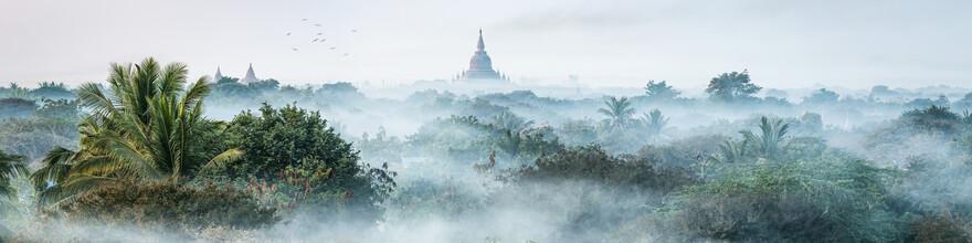 Jan Becke, Morning fog over Bagan (Myanmar, Asia)