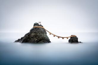 Jan Becke, Meoto Iwa rocks in Japan (Japan, Asia)