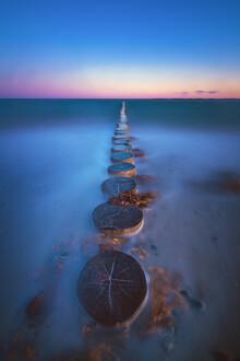 Jean Claude Castor, Ostsee Heiligenhafen Strand mit Buhnen (Deutschland, Europa)