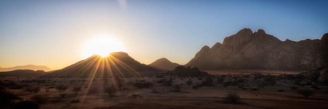 Dennis Wehrmann, Sonnenaufgang über Spitzkoppe (Namibia, Afrika)