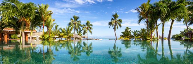 Jan Becke, Infiniti Pool in einem Luxusresort auf Tahiti (Französisch-Polynesien, Australien und Ozeanien)