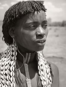 Phyllis Bauer, Woman with Face Tattoo (Äthiopien, Afrika)