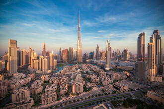 Jean Claude Castor, Dubai Skyline Panorama  (Vereinigte Arabische Emirate, Asien)