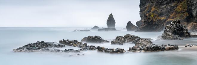 Jan Becke, Rocky coast on the island of Hokkaido (Japan, Asia)