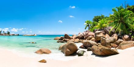 Jan Becke, Beautiful beach in the Seychelles (Seychelles, Africa)