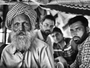 Jagdev Singh, Simplicity (India, Asia)