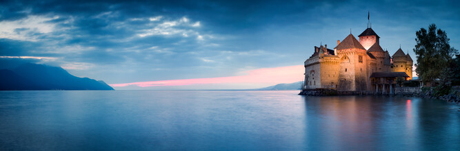 Jan Becke, Chillon Castle on Lake Geneva (Switzerland, Europe)