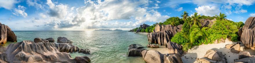 Jan Becke, Strandpanorama auf den Seychellen (Seychellen, Afrika)