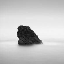 Thomas Wegner, Fels im Meer (Frankreich, Europa)