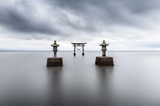 Jan Becke, Torii of the Tsurugi Shrine (Japan, Asia)