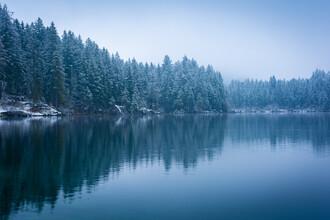 Martin Wasilewski, Lake in Winter (Germany, Europe)