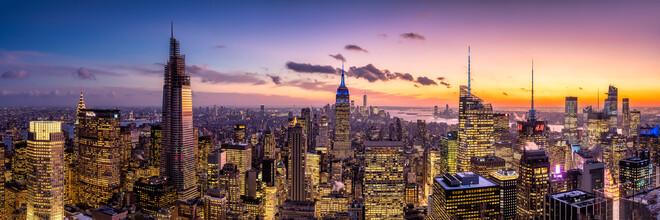Jan Becke, Die Manhattan Skyline bei Nacht (Vereinigte Staaten, Nordamerika)